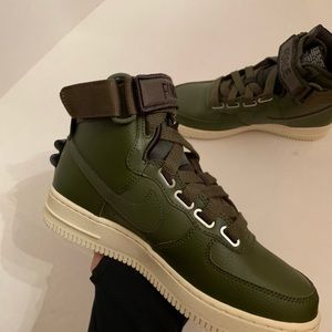 Nike Air Force 1 Hi Utility Olive Canvas Women Sz6